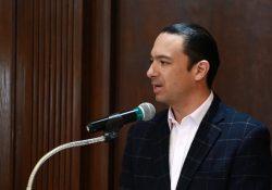 Propone Emilio de Hoyos fondos federales equitativos para Universidades