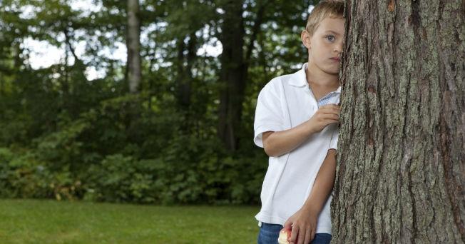 Niños sobreprotegidos; más propensos a enfermedades