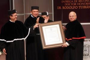 Entrega UA de C el Grado de Doctor Honoris Causa al Doctor Rodolfo Tuirán Gutiérrez