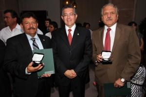 Reciben reconocimiento escuelas de la Unidad Norte