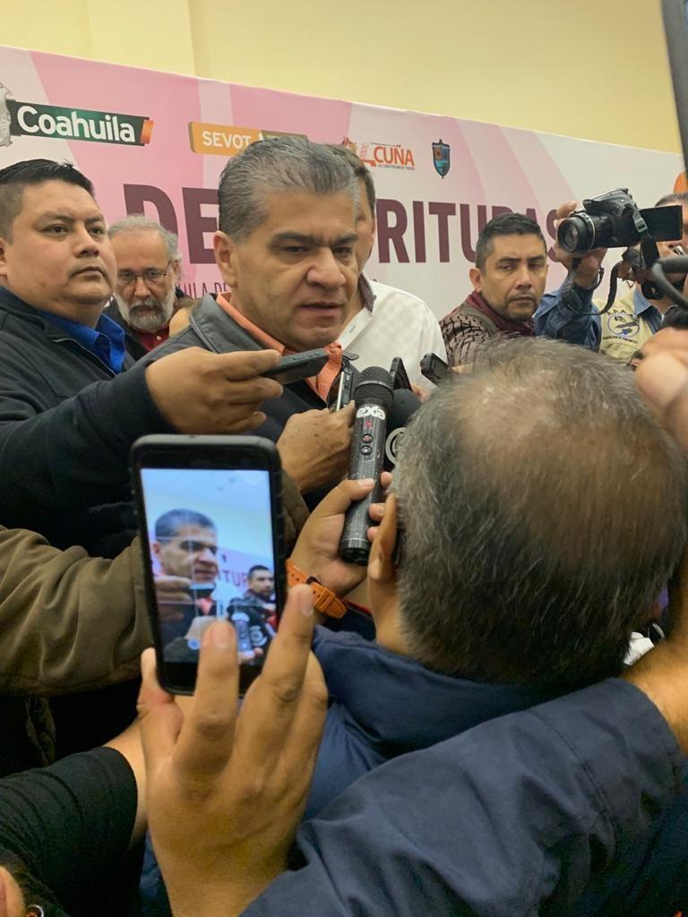 Cierre de frontera generarìa caos en EU y México