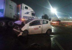 Fallece persona en accidente vehicular