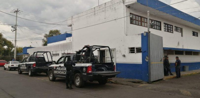 Policía Michoacán golpea, roba y encarcela a periodistas