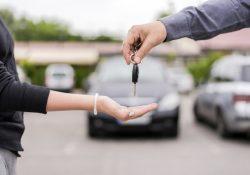 Se desploma hasta 64.5% venta de autos por contingencia sanitaria