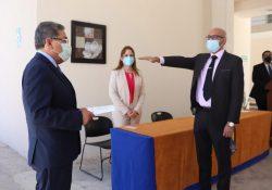 Rector Toma Protesta al Director de la Escuela de Sistemas de Torreón