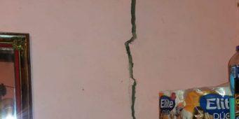 Reportan grietas en vivienda tras sismo en Saltillo
