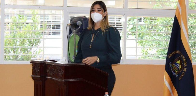 Presenta directora de la Escuela de Psicología unidad Torreón primer informe de actividades