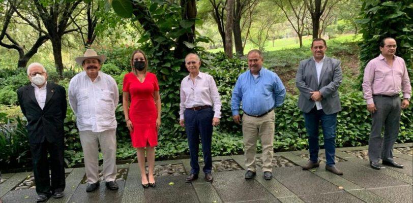 Se reúnen Senadores y Cámaras Empresariales de Coahuila con Alfonso Romo