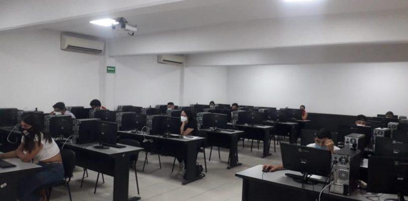 Presentan examen general de egreso de licenciatura más del 90 por ciento de los egresados de la UAdeC