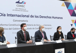 Con un Conversatorio, conmemora Coahuila el Día Internacional de los Derechos Humanos