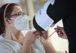 Concluye Salud Coahuila aplicación de las primeras dosis de vacuna contra Covid-19