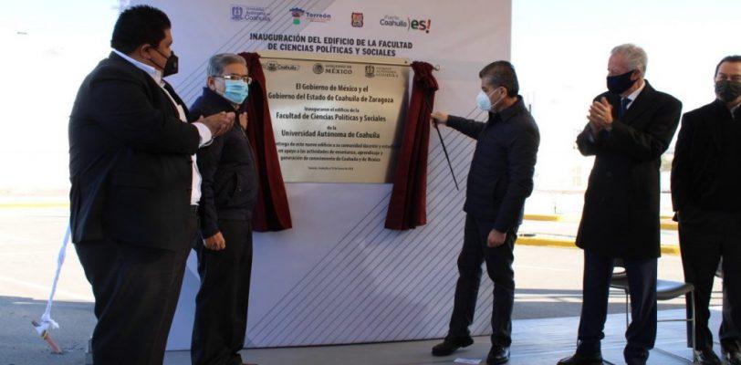 Inauguran nuevo edificio de la Facultad de Ciencias Políticas y Sociales UAdeC en la Unidad Torreón