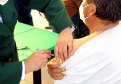 Inicia vacunación de adultos mayores contra Covid en Región Sureste de Coahuila