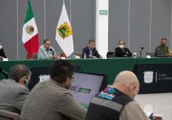 Solicita Miguel Riquelme la intervención del Ejército para reorientar el proceso de vacunación en Coahuila