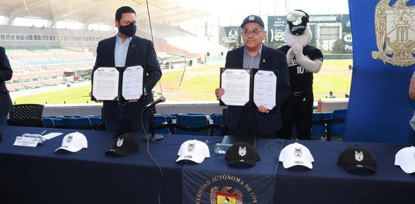Firma UAdeC convenio de colaboración con Club Saraperos de Saltillo