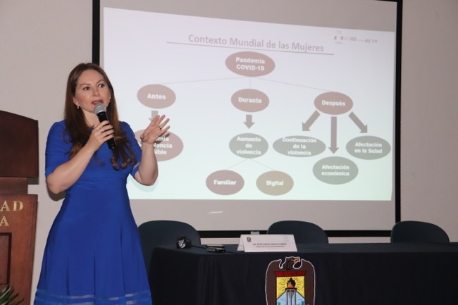 Participa Instituto Coahuilense de las Mujeres en conferencias de la Facultad de Medicina