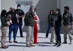 Homólogos de San Luis Potosí visita en Coahuila el Centro Regional de Identificación Humana