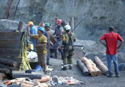 Continuarán los trabajos de rescate hasta encontrar a los 3 mineros atrapados en Múzquiz