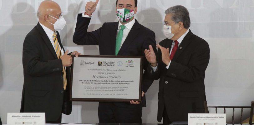 Reconoce Ayuntamiento de Saltillo a la Facultad de Medicina de la UAdeC por su Labor Durante la Pandemia por Covid-19